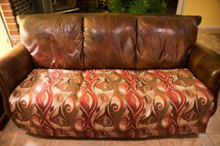 s 11 ways to make your beat up couch look brand new, furniture repair, painted furniture, Make an easy seat cover using a curtain rod