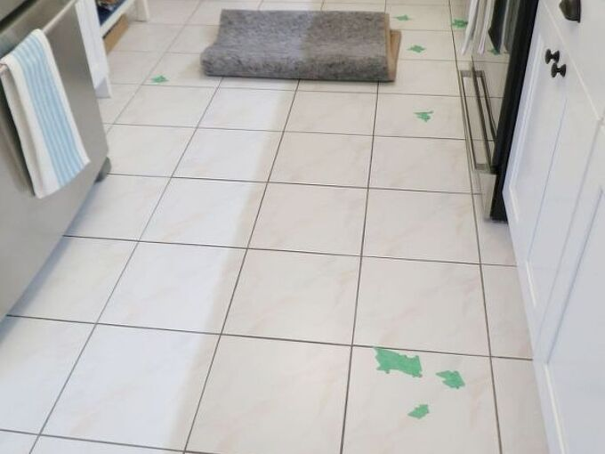 got chipped floor tile try this fix , flooring, home maintenance repairs, how to, tile flooring