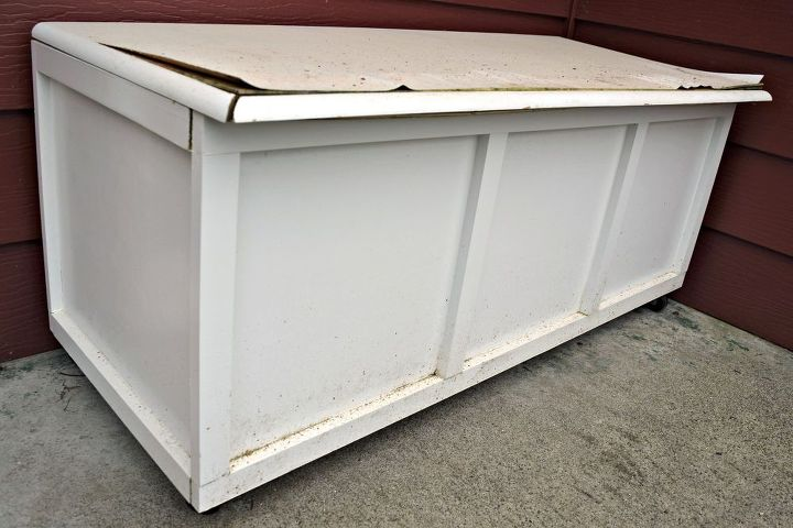 outdoor storage bench take two , outdoor furniture, painted furniture, storage ideas, woodworking projects