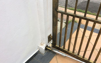 Cats KEEP OUT.  Environmentally Friendly Method and Cheap