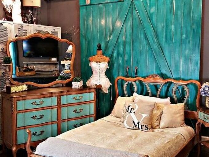 french provincial bedroom set goes bronze, bedroom ideas, chalk paint, painted furniture