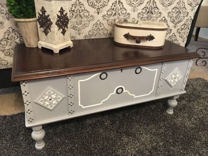 blanket chest makeover, chalk paint, painted furniture, storage ideas