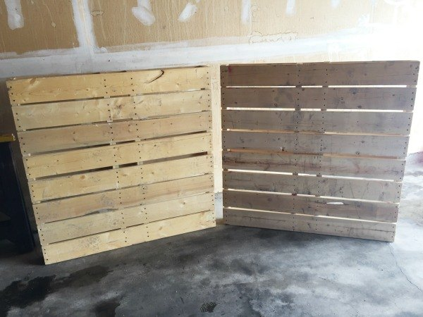 diy pallet wall tutorial diy how to pallet wall decor - Pallet Wall