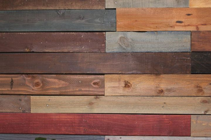 pallet wall diy home decor pallet repurposing upcycling storage ideas - Wood Pallet Wall