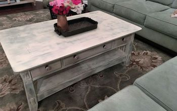 shabby chic coffee table, chalk paint, painted furniture, shabby chic, This matches the room nicely