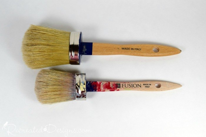 the easiest and cheapest way to clean paint brushes, cleaning tips, crafts