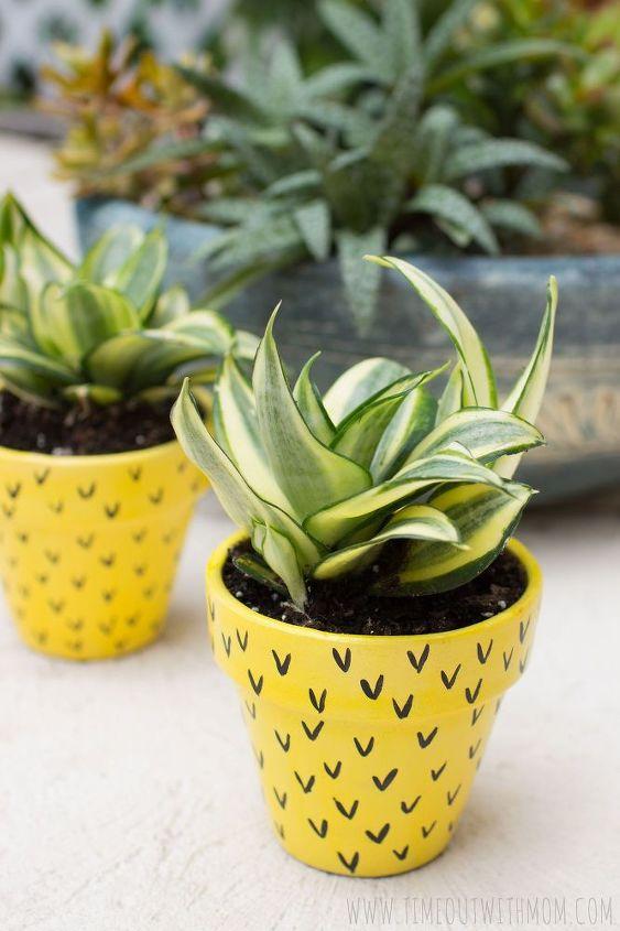 pineapple flower pots, container gardening, crafts, gardening