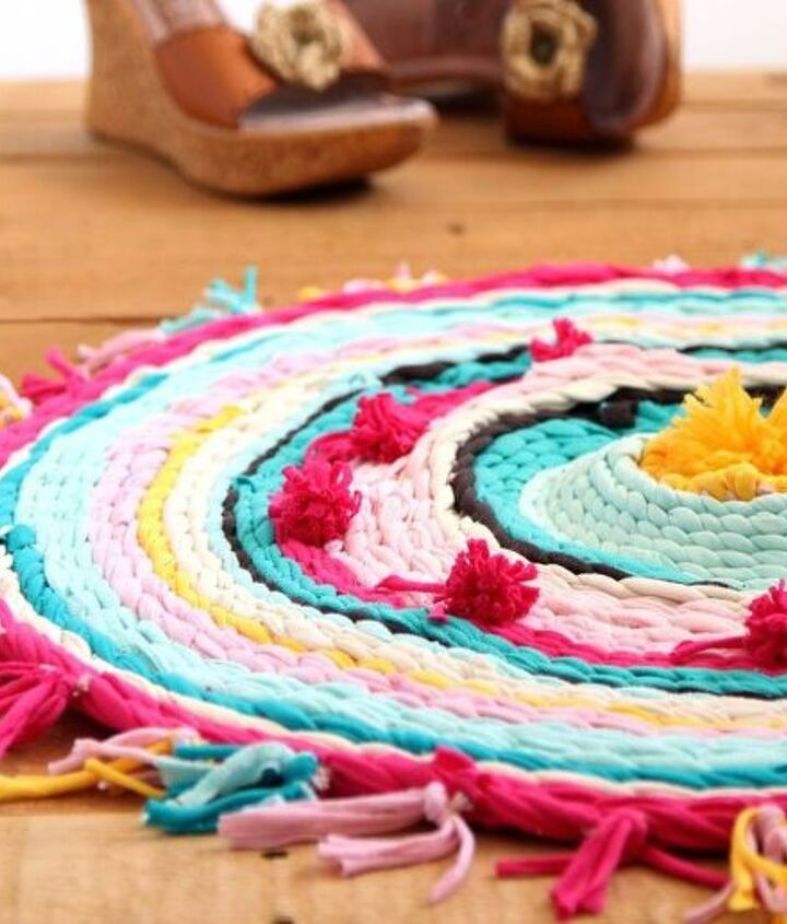 s 15 useful things you could make from your ripped t shirts right now, crafts, repurposing upcycling, Weave multiple shirts into a cozy rug