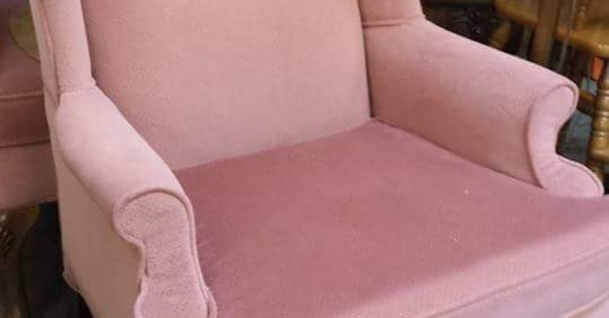 Not Your Grandmother\'s Wingback Chairs Anymore | Hometalk