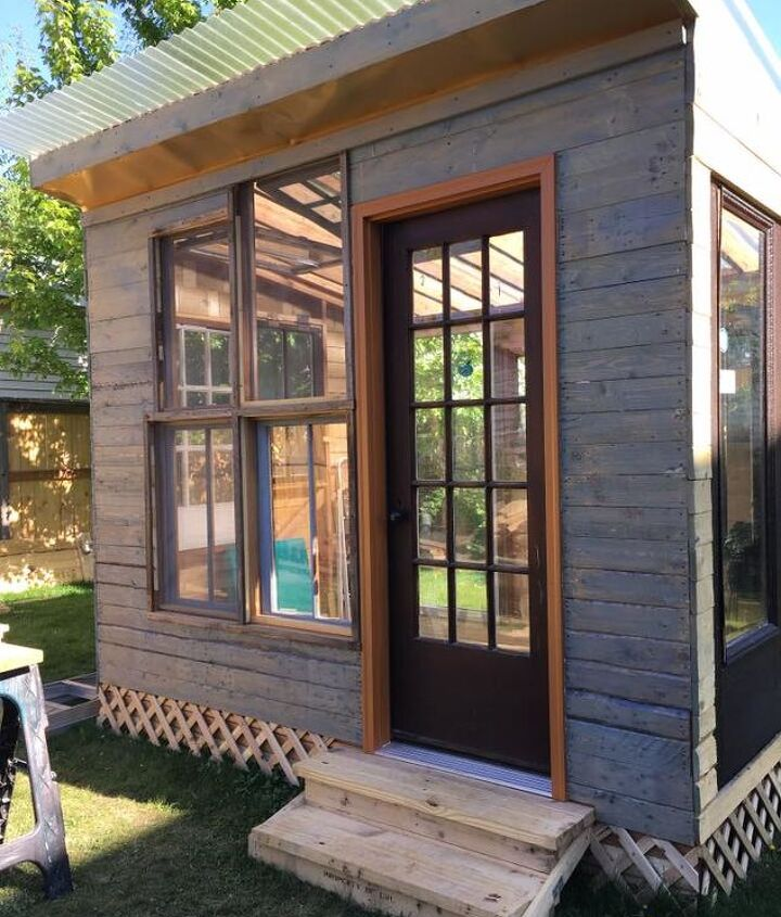 painted She Shed using a tinted stain