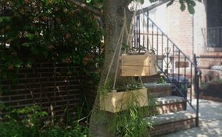 dyi small hanging planter from pallet wood, container gardening, gardening, pallet, And here it is