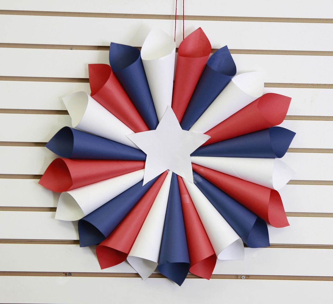 16 Patriotic Wreaths That Will Fill You With Pride