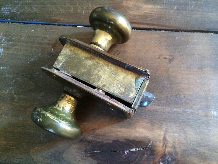 q what type of door knob is this , doors, home decor id