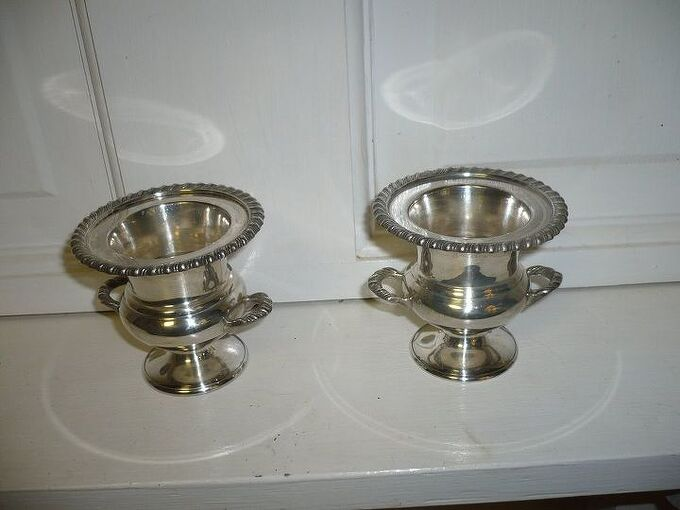 clean your silver quickly and easily , cleaning tips