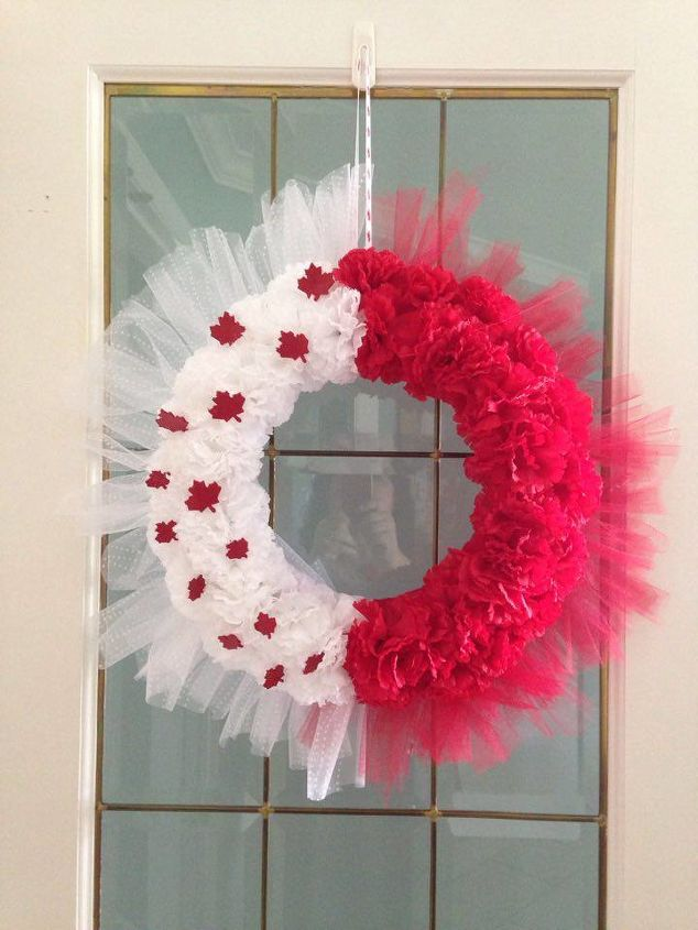 how to make the easiest canada day wreath , crafts, how to, wreaths