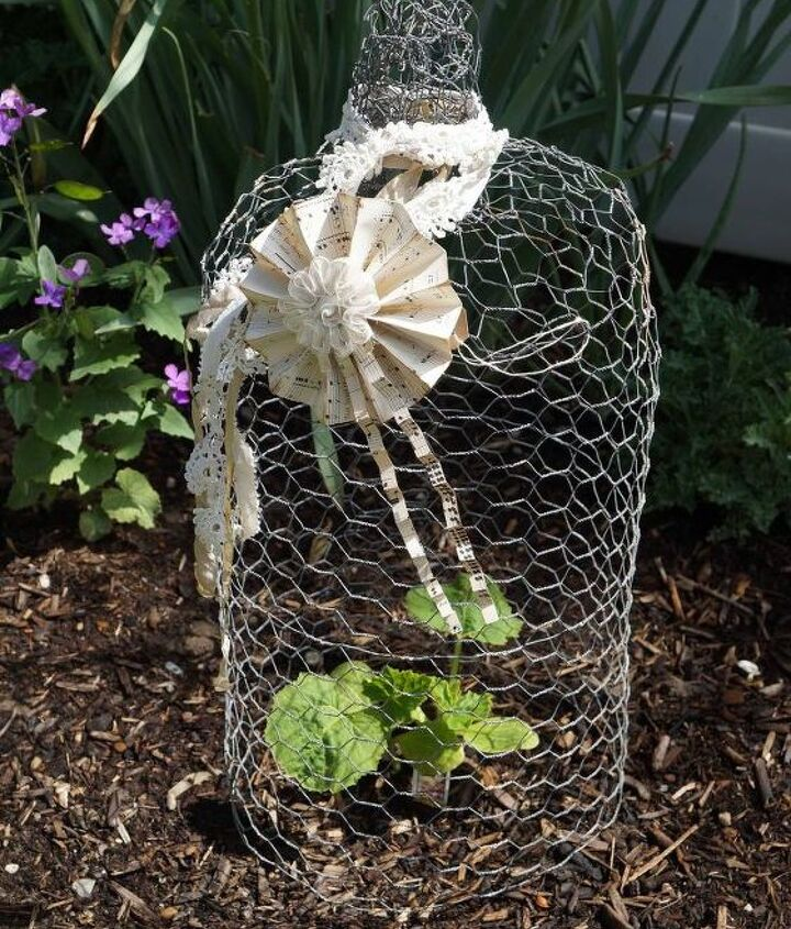 make a chicken wire cloche for your garden or to use in vignettes , crafts, gardening