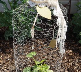 Make A Chicken Wire Cloche For Your Garden Or To Use In Vignettes , Crafts,