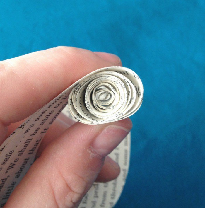 how to make book page roses, crafts, how to