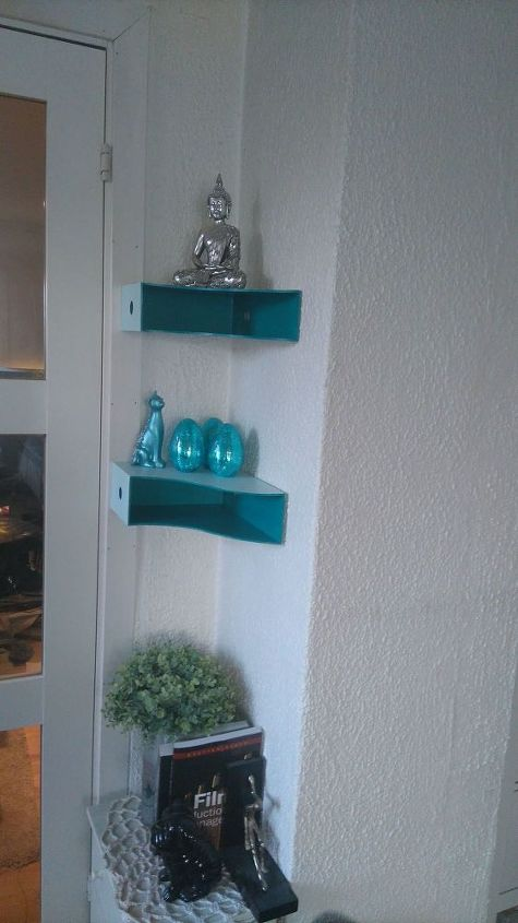 magazine holders as shelves, diy, repurposing upcycling, shelving ideas