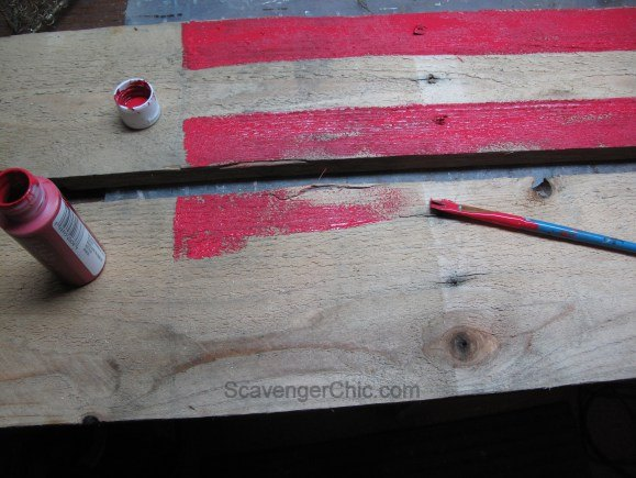 patriotic pallet wood centerpiece, outdoor living, pallet, patriotic decor ideas, repurposing upcycling, seasonal holiday decor