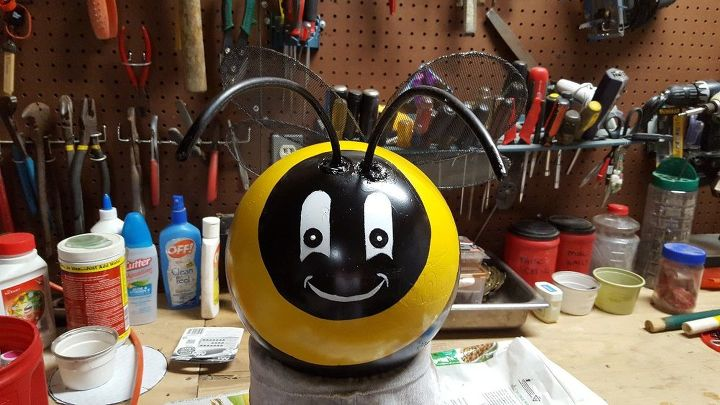 bumblebee bowling ball project, crafts, gardening