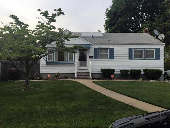 q looking for suggestions to modernize the exterior of my house, curb appeal, paint colors, painting