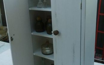 Cute Curio Cabinet