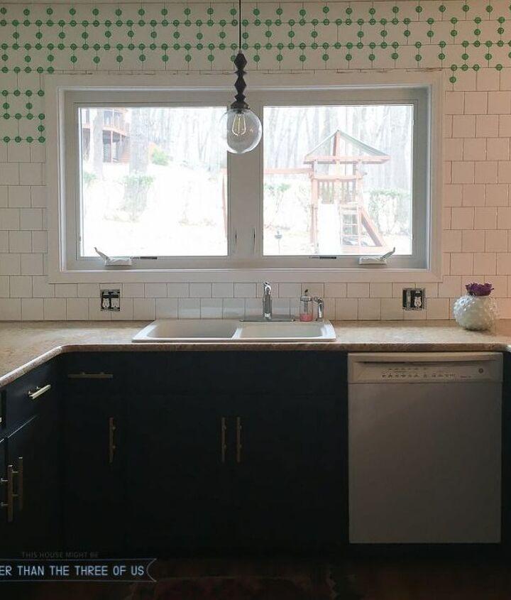 a few tips to get your started with tiling, kitchen backsplash, kitchen design, tiling