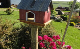 barn bird feeder with miniature mosaic barn quilt, outdoor living
