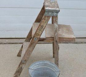 DIY Step Ladder Beverage Station