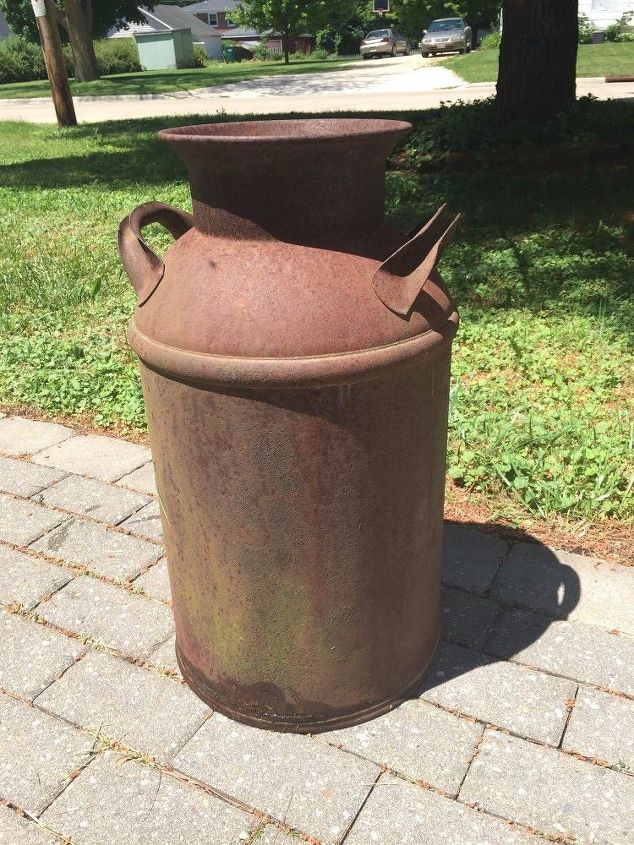 q rusted milk can, cleaning tips, home decor cleaning, painted furniture