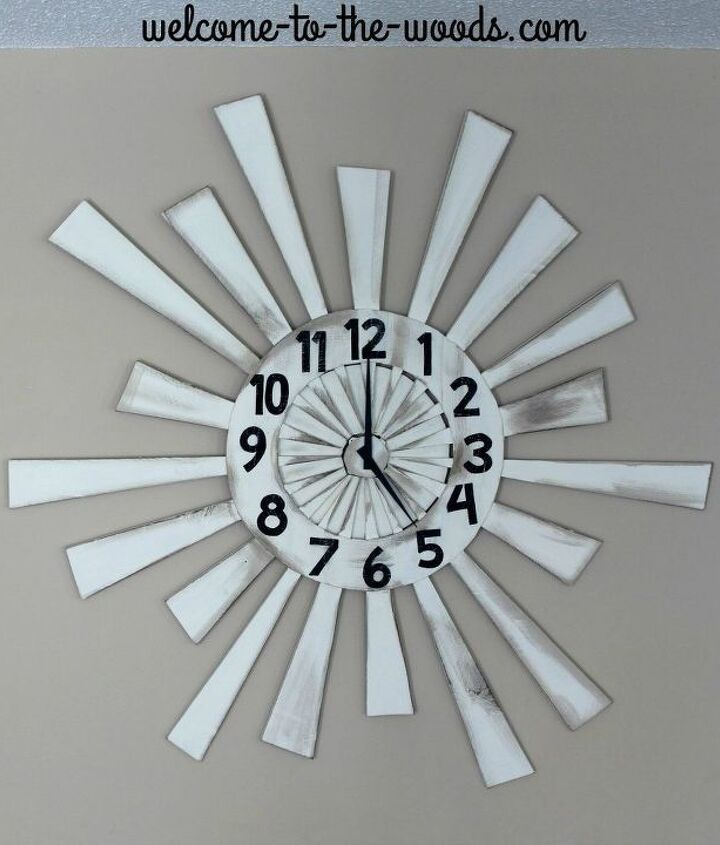 pallet wood wall clock, pallet, wall decor, woodworking projects