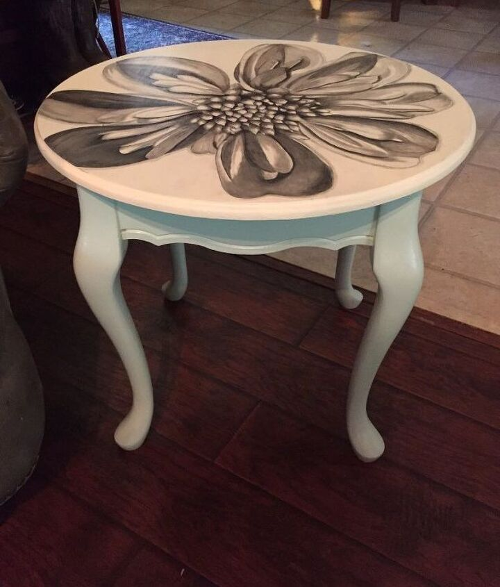 pair of queen ann dahlia stained end tables, painted furniture