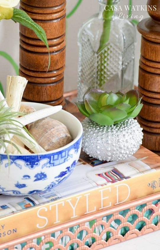 diy mini sea urchin vases and eclectic tray vignette, flowers, gardening, succulents