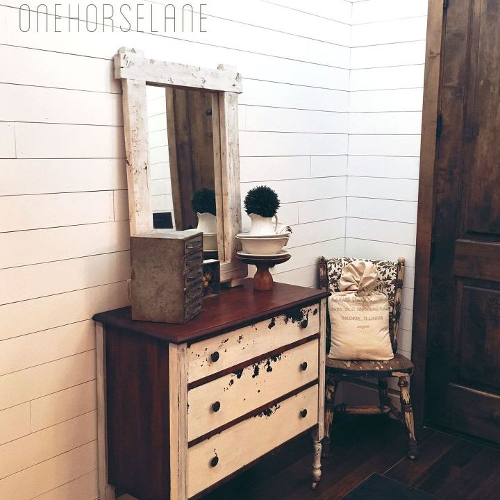 12 gorgeous shiplap ideas that are HOT right now | Hometalk