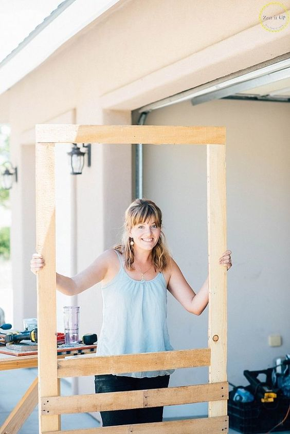How to Build a Screen Door from a Pallet | Hometalk