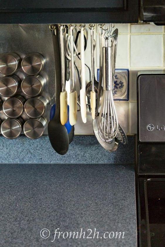 Diy Rotating Cooking Utensil Storage Rack Kitchen Design Organizing Ideas