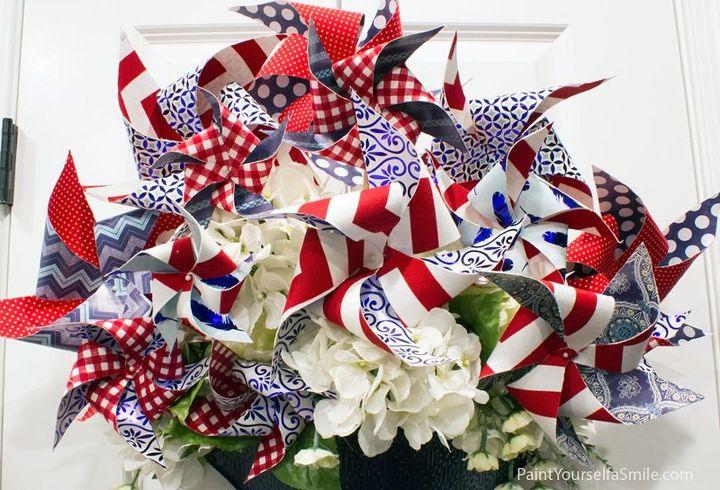 pinwheel door decoration , crafts, doors, patriotic decor ideas, seasonal holiday decor
