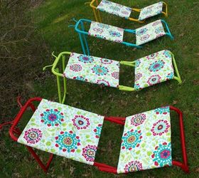 Use Vinyl Tablecloths To Cover Yard Loungers