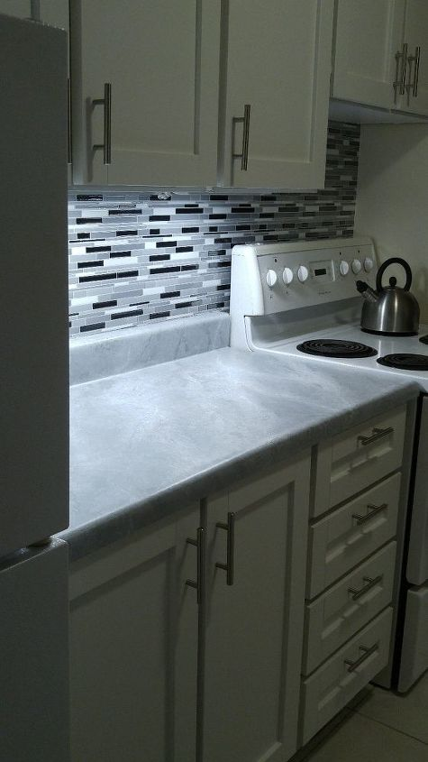my kitchen updo how i marbled the counter tops with paint , countertops, kitchen design, painting