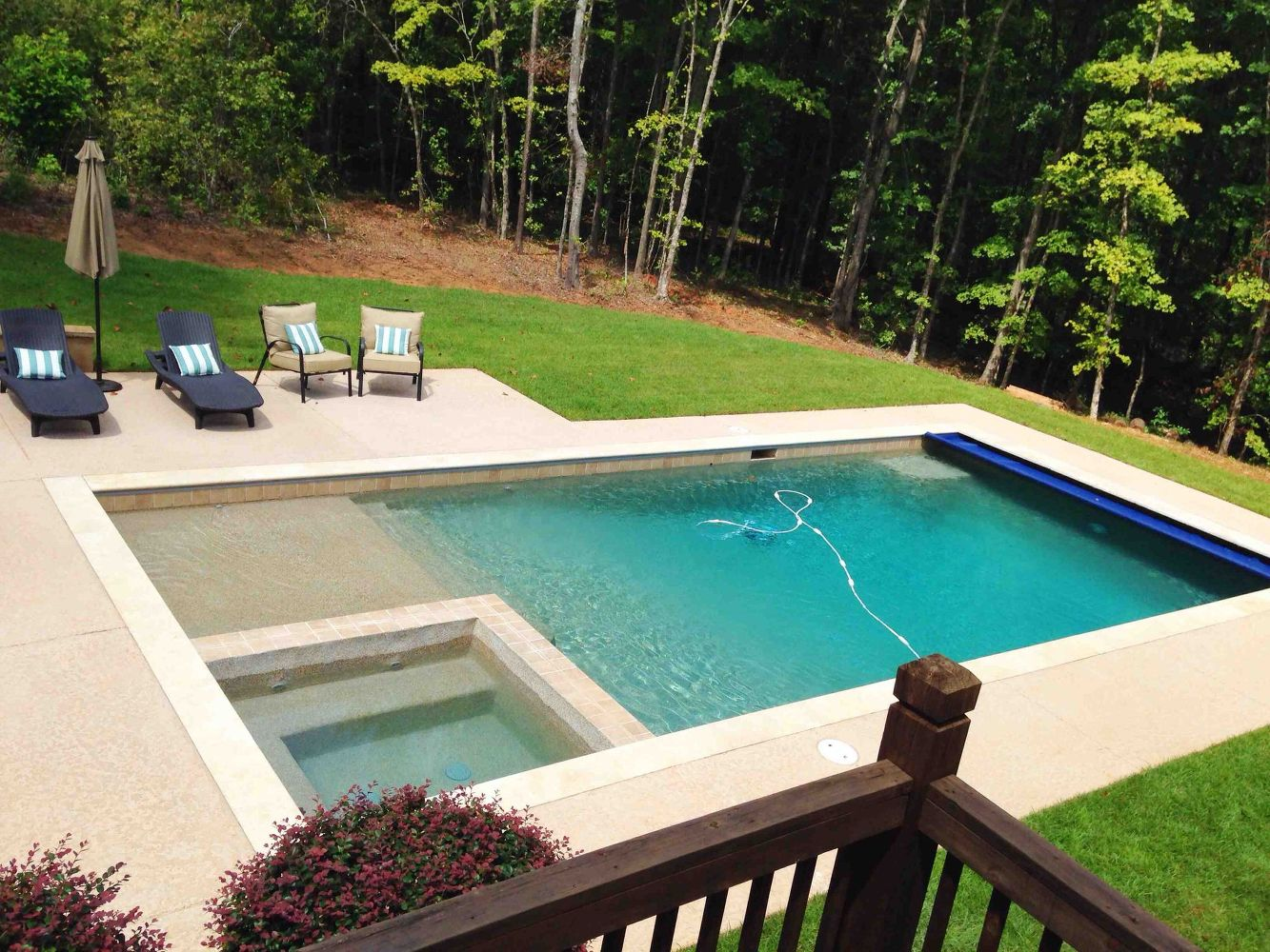 build in a shallow sloped pool entrance - Outdoor Backyard Pools