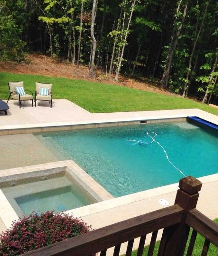 s wow 11 dreamy ideas for people who have backyard pools, outdoor living, pool designs, Build in a shallow sloped pool entrance