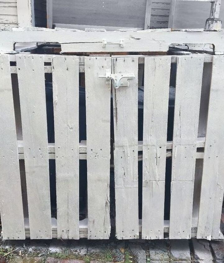 Outdoor Garbage Can Storage From Pallets Hometalk
