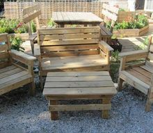 diy shipping pallets outdoor tables, painted furniture, pallet