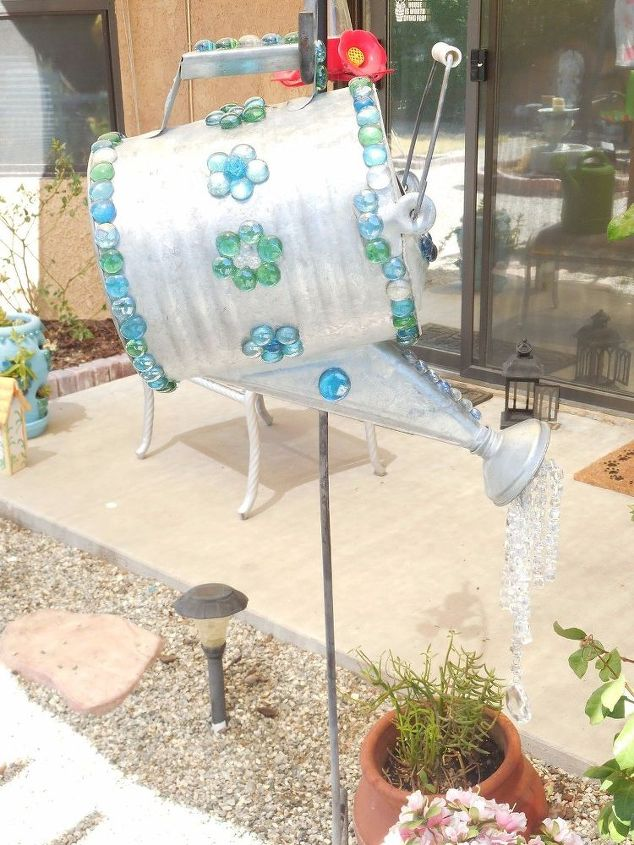 watering can makeover, crafts, gardening, how to