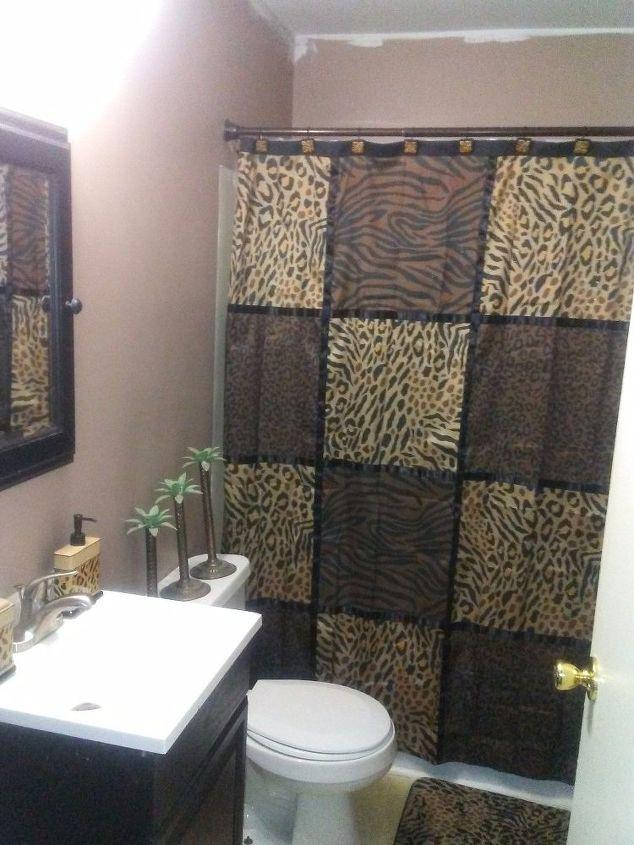 q bathroom, paint colors, painting