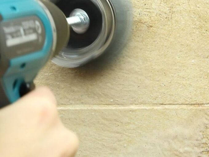 how to clean using power tools