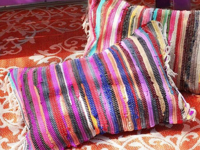 no sew rag rug pillows, crafts, living room ideas, reupholster
