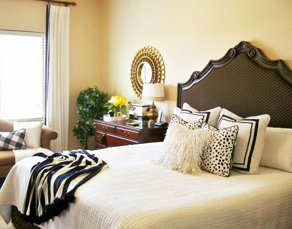 cool crisp black white summer bedroom, bedroom ideas, home decor