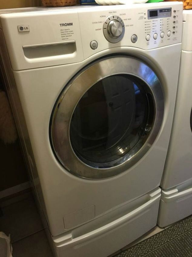 s 11 no scrub ways to clean your washer and dryer, appliances, cleaning tips, Use a clean cycle with lemon essential oil